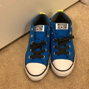 Blue with neon stripe kids converse